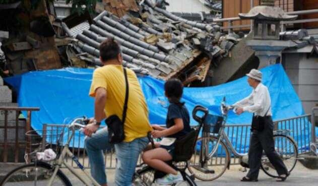 Varios edificios en las ciudades de Osaka y Takatsuki se derrumbaron.
