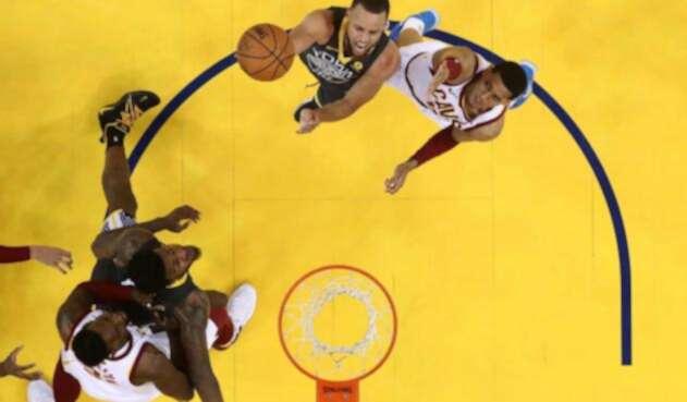 Stephen Curry, en acción ante los Cleveland Cavaliers