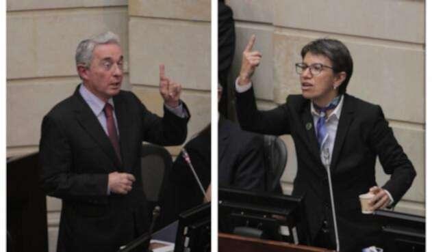 Los senadores Uribe y López se enfrentaron en el Senado