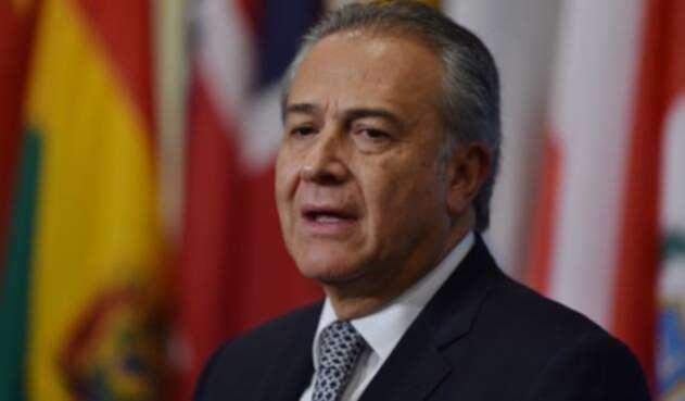 General (r.) Óscar Naranjo