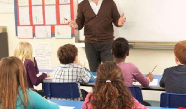 Los profesores reclaman por las políticas educativas del gobierno de Iván Duque.