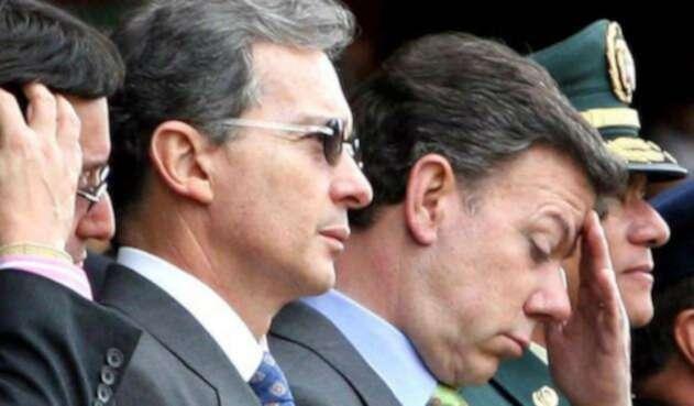 Álvaro Uribe Vélez y Juan Manuel Santos, una pelea que no cesa