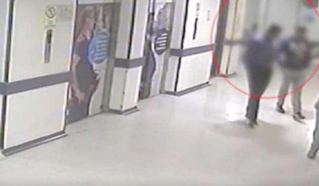 Cámaras de seguridad detectaron cómo operaba el camillero