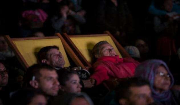 Adultos mayores en la Cinemateca Distrital