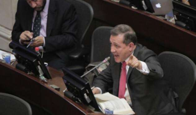 Senador Ernesto Macías
