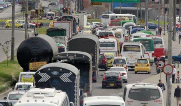 Más de cinco millones de vehículos en Colombia no tienen el SOAT