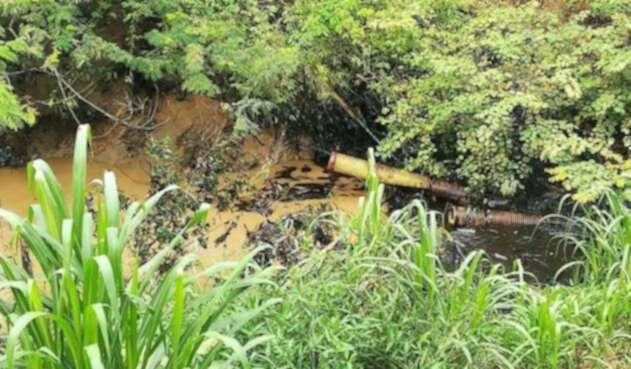 Derrame de crudo en Las Quinchas