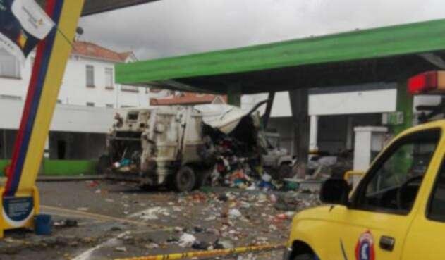 Explosión en estación de servicio de Chía