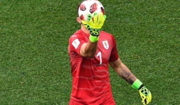 Fernando Muslera luego del error que cometió en el Francia vs Uruguay