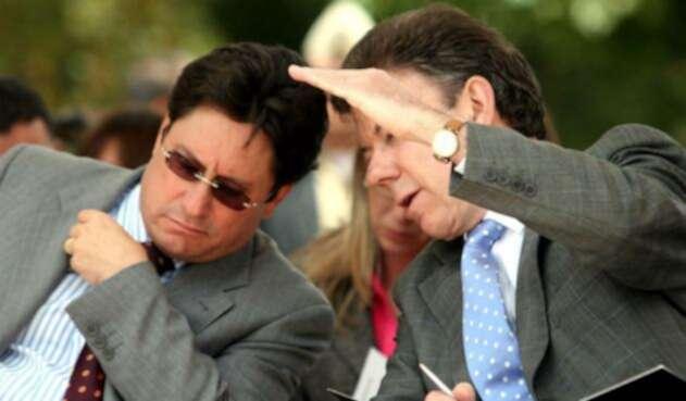 Francisco Santos y Juan Manuel Santos, los familiares que pelean en política