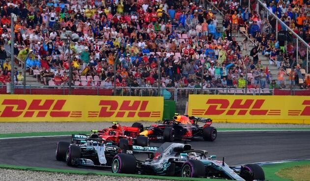 Autos de Fórmula 1 en competencia