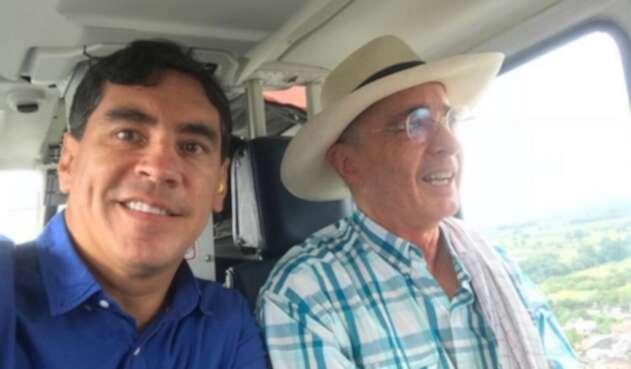 Álvaro Hernán Prada y Álvaro Uribe Vélez