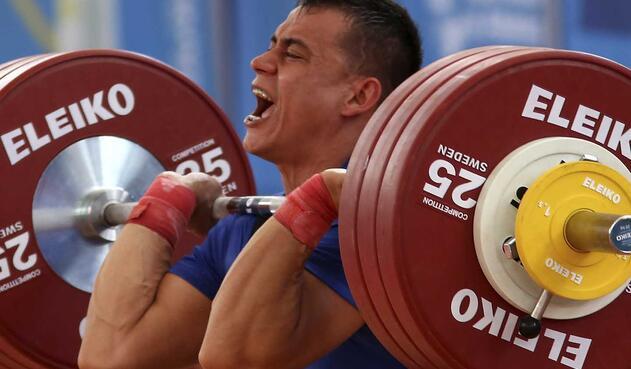 Montes logró levantar un total de 160 kilos