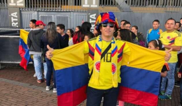 Hinchas de la Selección Colombia en el estadio El Campín