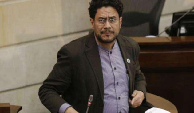 El senador Iván Cepeda hizo una advertencia sobre la curul de Mockus