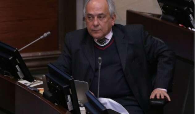 El senador José Obdulio Gaviria.