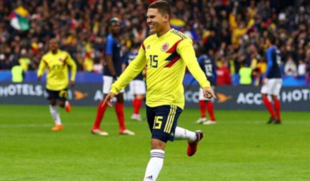 Juan Fernando Quintero celebrando un gol con Colombia