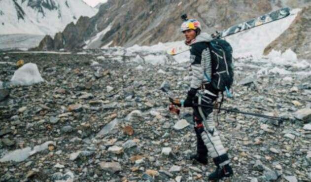 Andrzej Bargiel, primer hombre en bajar el K2 esquiando