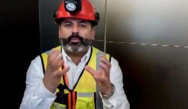 Mario Sepúlveda, uno de los 33 mineros chilenos rescatados en 2010, durante su paso por México
