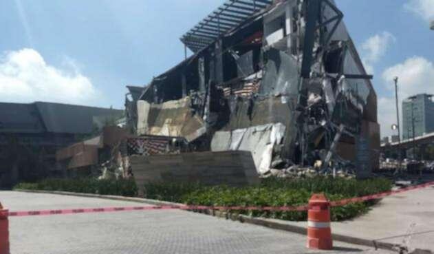 México derrumbe centro comercial