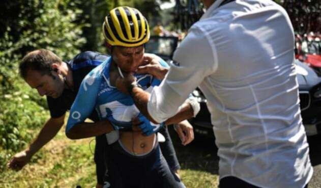 Nairo Quintana tras sufrir caída en la etapa 18 del Tour de Francia