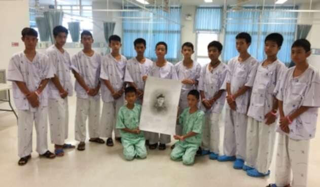 Niños Tailandia rescatados