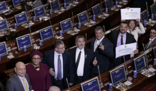 Así aparecieron las Farc en el Congreso el pasado 20 de JUlio.