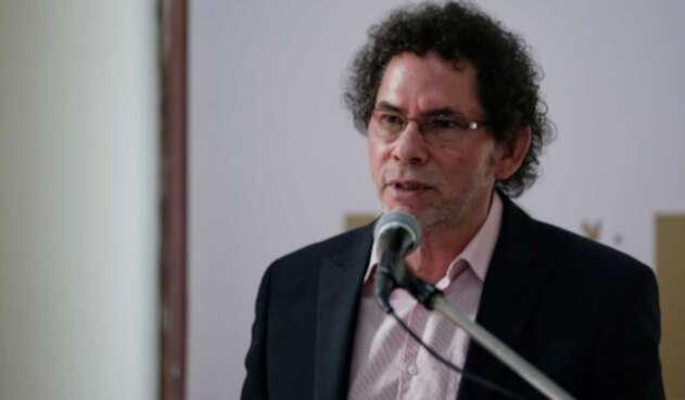 Pastor Alape, miembro del partido de la Farc