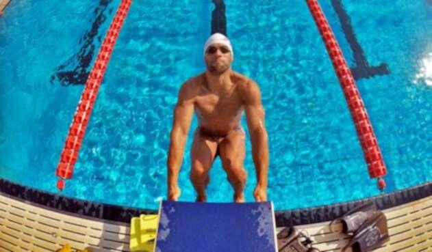 Omar Pinzón ganó medalla de oro en los 100 metros espalda de los Juegos Centroamericanos