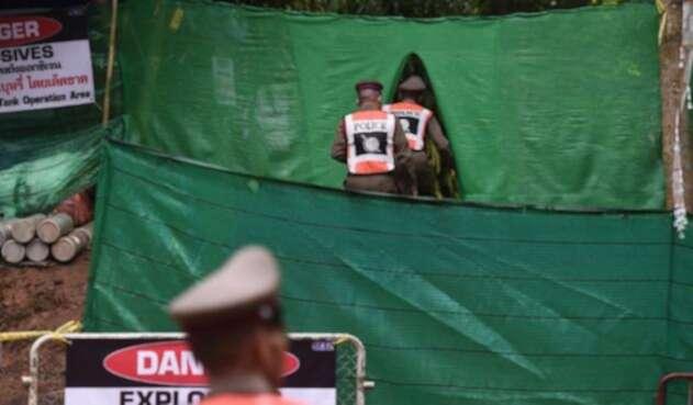 Operativo de rescate de la cueva en Tailandia.
