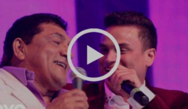 Poncho Zuleta y Silvestre Dangond durante su presentación en la discoteca Trucupey de Barranquilla