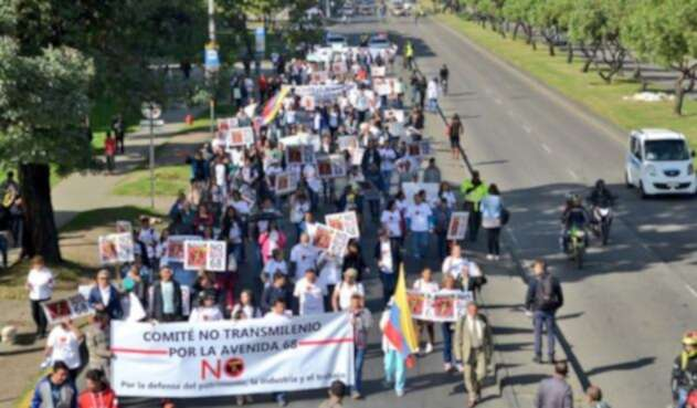 Protestas contra Transmilenio por la Avenida 68