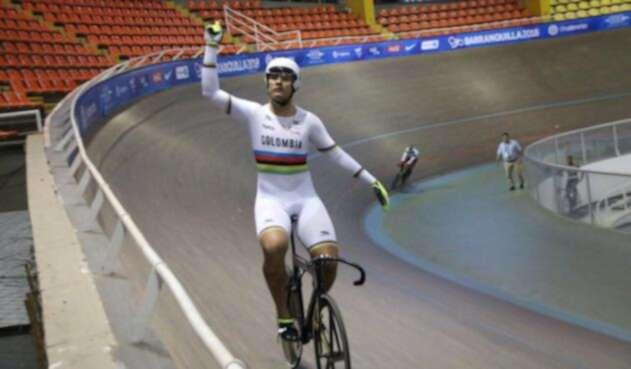 Fabián Puerta ganó medalla de oro en el Keirin de los Centroamericanos