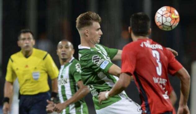 Atlético Nacional oficializó la salida de Ezequiel Rescaldani