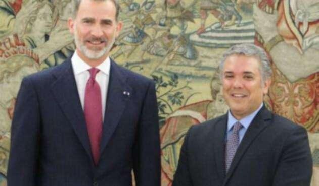 Iván Duque con el Rey de España