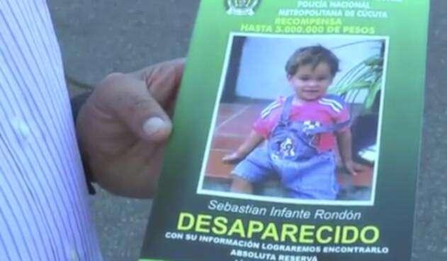El cartel con el que las autoridades buscaban al niño Sebastián Infante