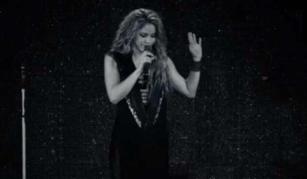 Shakira durante su gira por Europa del Dorado Tour