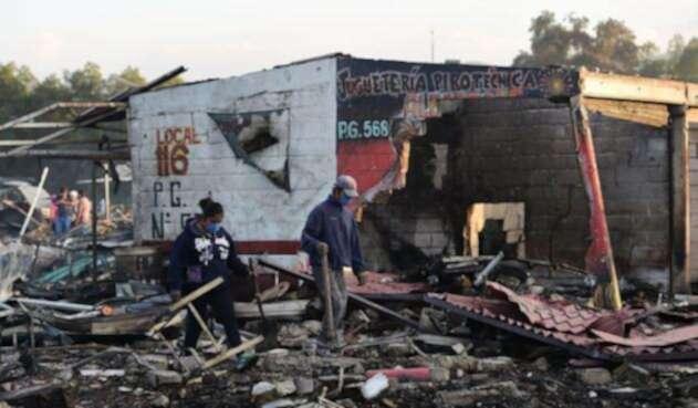 Cuando los cuerpos de emergencia acudían a atender la primera explosión hubo otros estallidos que aumentaron el número de fallecidos.
