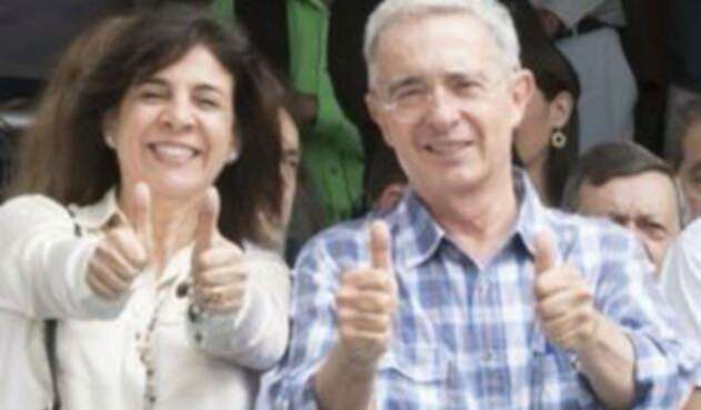 Álvaro Uribe y Milla Romero Soto