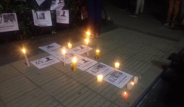 Así se vivió la 'velatón' por los líderes sociales asesinados en el país
