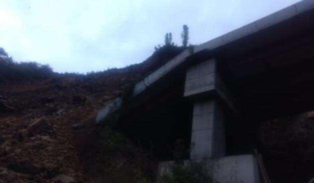 Derrumbe en el Alto de la Linea, en el sector de Cajamarca.