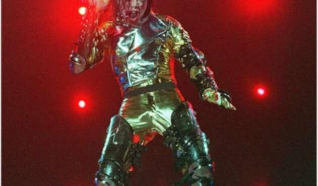 Michael Jackson en concierto en el marco del History Tour (1997) en Johannesburg, Sudáfrica