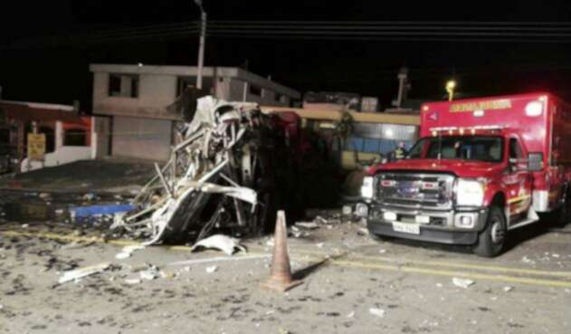 Bus accidentado en Ecuador.