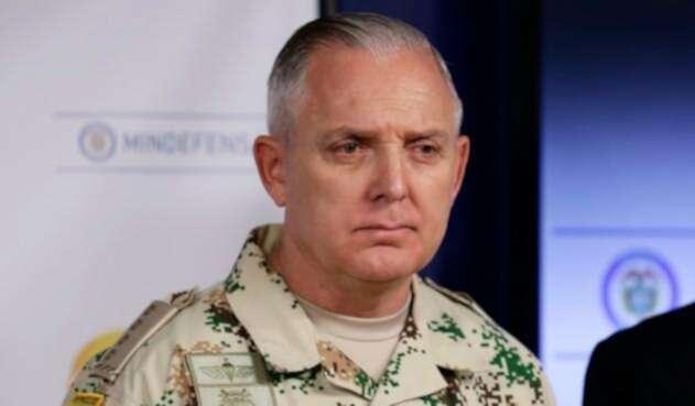El general Alberto Mejía, comandante de las Fuerzas Militares