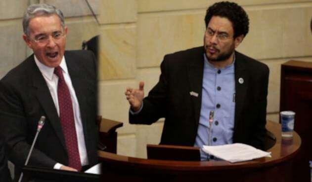 Álvaro Uribe (izq) e Iván Cepeda (der), senadores de la República