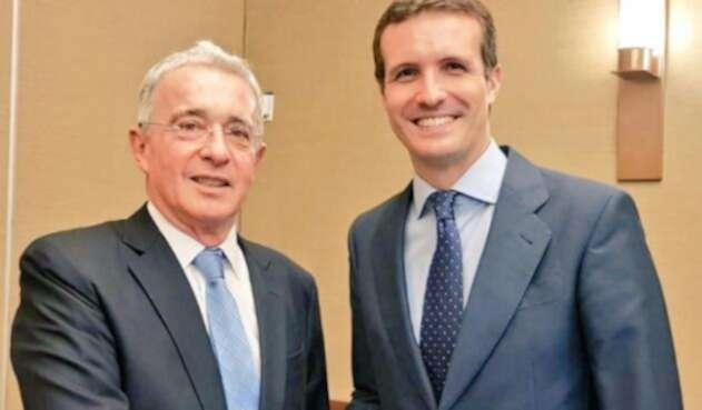 Álvaro Uribe y Pablo Casado Blanco