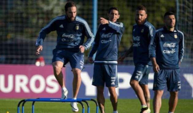 Higuaín, Di María, Otamendi y Agüero en entrenamiento