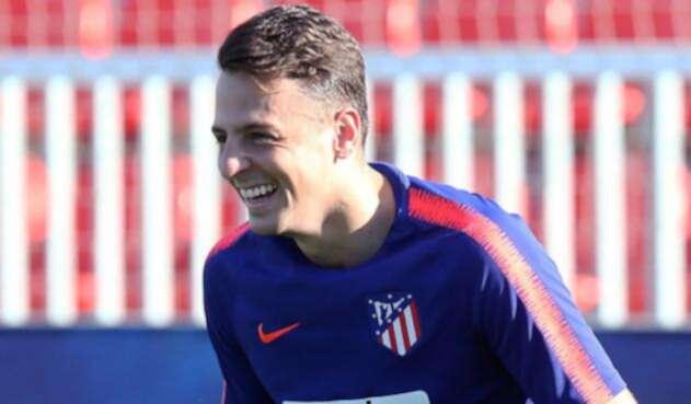 Santiago Arias en uno de sus primeros entrenamientos con el Atlético de Madrid