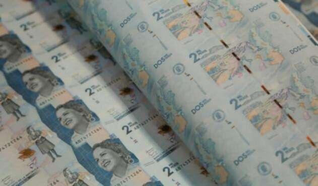 Billetes de dos mil pesos colombianos