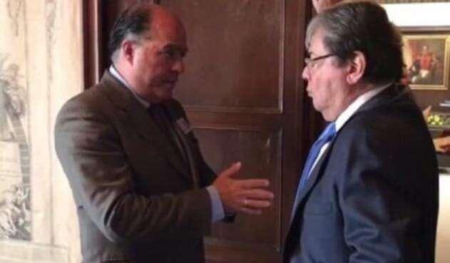 Diputado Julio Borges y canciller Carlos Holmes Trujillo